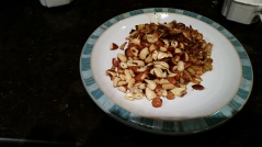 Roasted/fried cashew & almonds